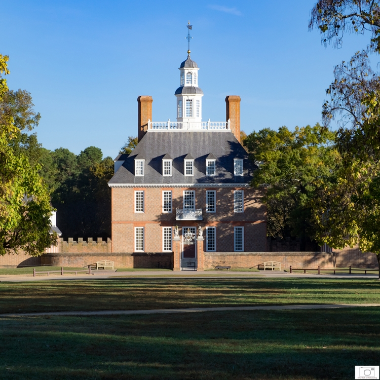 Traditional Image Of Colonial Williamsburg - the Governor's Palace - October 2015